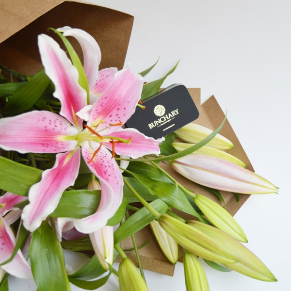 Bunchary Wrapped Fragrant Lilies